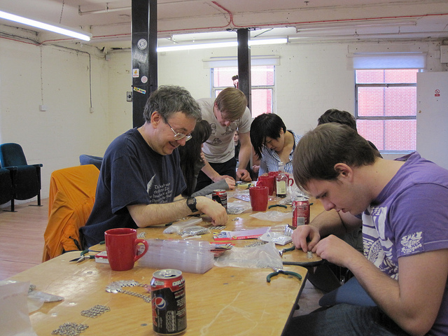 File:Chainmail workshop 2011.jpg
