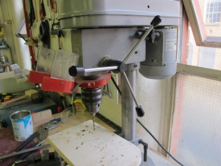Bench pillar drill 02.jpg